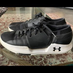 Under Armour AMP 2.0 shoes